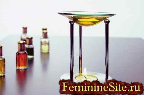 Эфирное масло корицы используемое в ароматерапии.