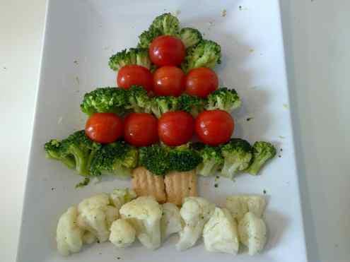 Украшение новогоднего стола -  вегетарианская елка. Фото № 6.